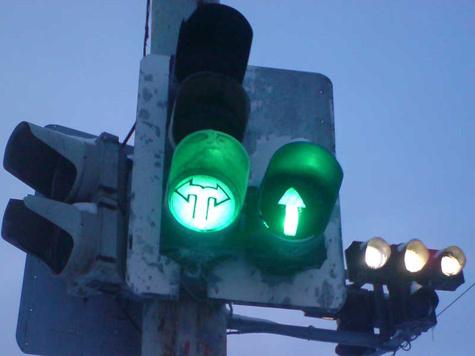 Светофоры научатся считать пешеходов