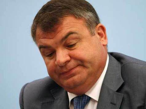 Сердюков стал фигурантом нового дела о незаконной распродаже объектов Минобороны в Подмосковье