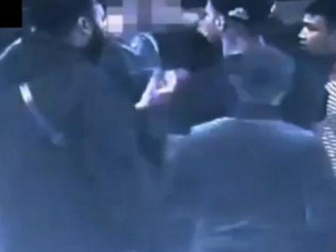 Исламисты жестоко избили студента за распитие пива в их районе