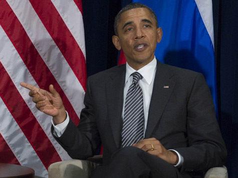 Когда Обама говорит Мишель, что он помыл посуду, ее реакция скептическая
