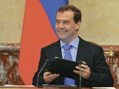 Медведев обвинил своих подчиненных в лоббизме