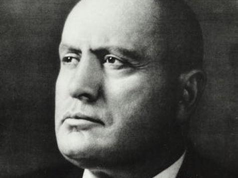 Из книжных магазинов Москвы требуют изъять мемуары Муссолини