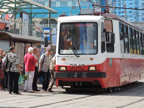 Трамваи будут мигать на остановках