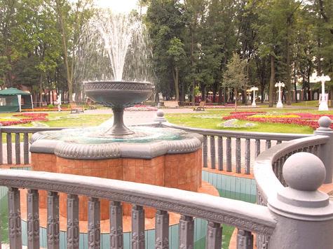 Через сад «Россия» к России-саду