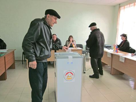 Южная Осетия выбрала генерала