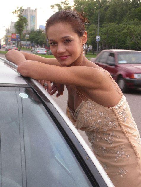 У гимнастки Ирины Чащиной угнали дорогой автомобиль