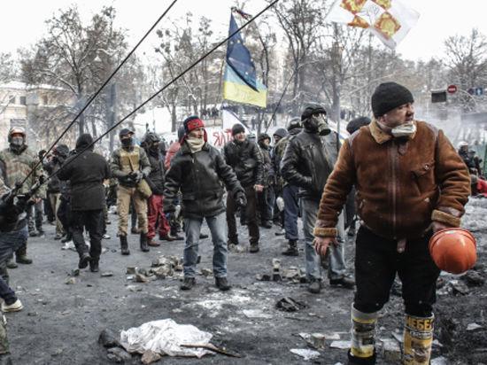 В Киеве вновь беспорядки. Милиция открыла огонь. Есть раненые. Онлайн-трансляция