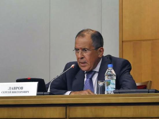 Лавров считает, что украинские волнения стимулируются из-за рубежа