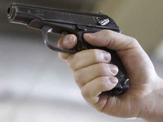 Полицейский погиб, пытаясь подшутить над своей девушкой