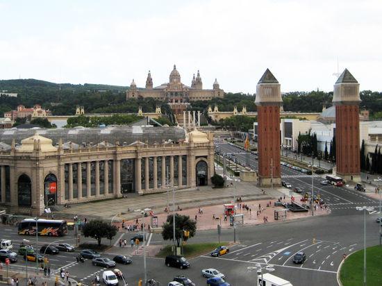 Власти Испании отказали Каталонии в праве провести референдум о независимости: это запрещено конституцией