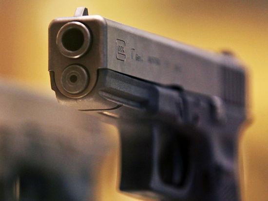 Сыщик подстрелил дебошира по пути на оперативное  задание