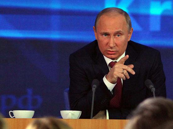 Кремль Путин. фото: Наталия Губернаторова