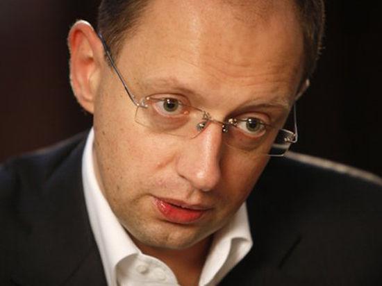 Яценюк: ВТО поможет Украине отстоять право на торговлю с Россией