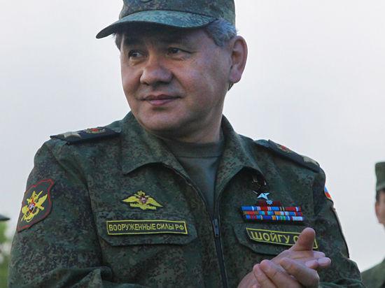 Шойгу прибыл в Крым: пообщался с солдатами, проверил объекты и назначил замкома ЧФ РФ