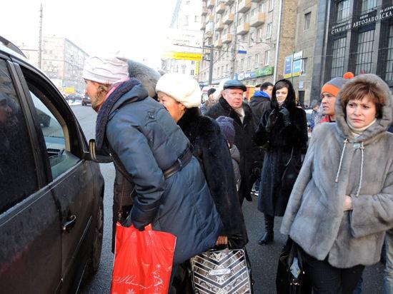 На столичных улицах появятся кнопки вызова такси