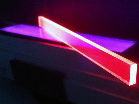 Новое открытие в квантовой физике позволит превратить окна домов в солнечные панели