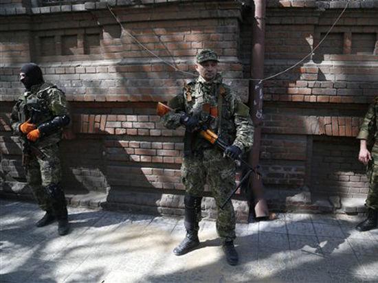Украина в огне: В Краматорске обстрелян вертолет, в Изюме и Славянске ополченцы готовятся к осаде