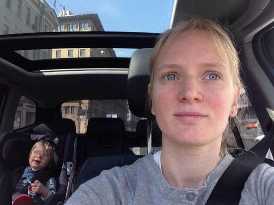 Перед тем, как прыгнуть с сыном из окна, москвичка написала мужу смс