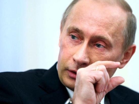 Западные СМИ: Путин хочет восстановить Советскую империю
