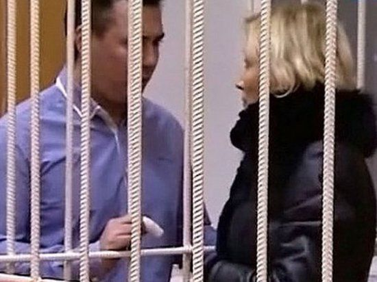 Юлию Ротанову освободили из-под стражи, не дожидаясь допроса Сердюкова
