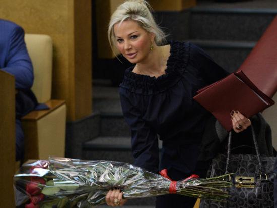 Депутат и оперная дива Максакова призвала «Единую Россию» к «более цивилизованной риторике» в «законе о гей-пропаганде»