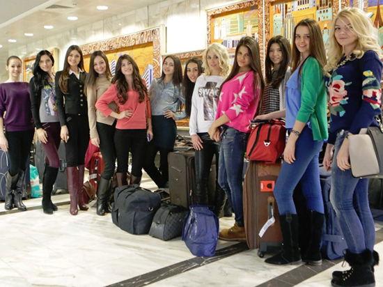 Участницы «Мисс России 2014» показали себя в купальниках