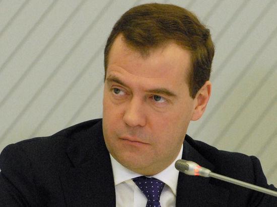 В Госдуме ждут отчета правительства Медведева. Его спросят о Крыме и мигрантах с Кавказа