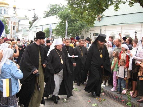 Украинская Церковь на распутье