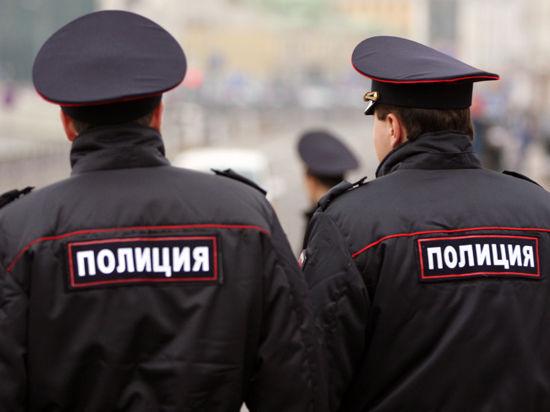 Полицейским и другим силовикам запретили выезд за границу