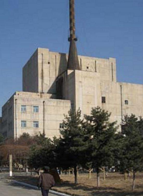 Северная Корея продолжает работы на своем ядерном реакторе