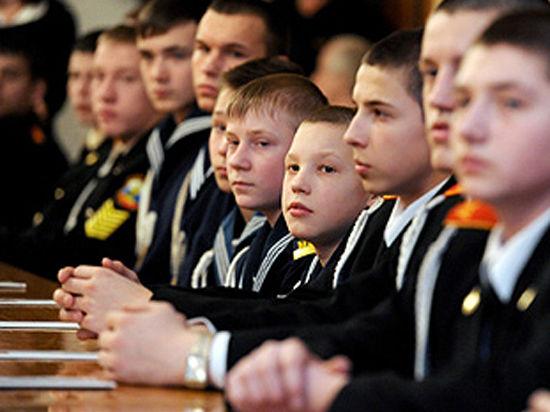 «Превращенные в ПТУ». Как изменится Нахимовское училище в Севастополе