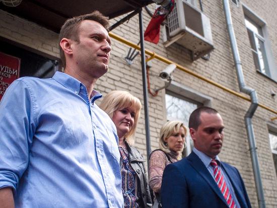 Навальному светит реальный срок аж с двух сторон: «Это не прикольно»