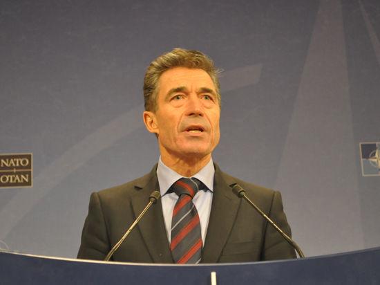 Генсек НАТО счел действия России на Украине угрозой для безопасности и мира в Европе
