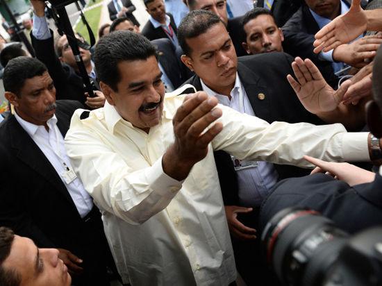 Венесуэла объявила трех американских дипломатов персонами нон грата