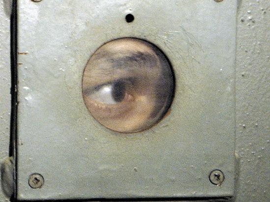 Почему служба безопасности ФСИН не расследует преступления, совершенные тюремщиками?