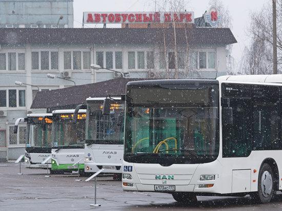 Москвичей пересаживают на новые автобусы