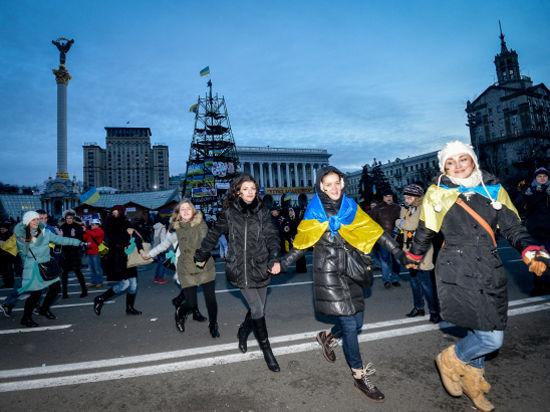 Джигурда ворвался на Евромайдан с лозунгами и пением
