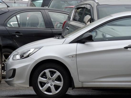 Жители регионов смогут зарегистрировать машину в Москве через интернет