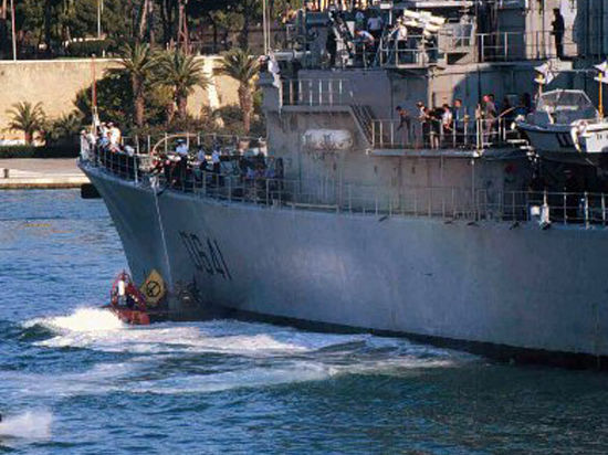 Еще один корабль НАТО войдет в Черное море в выходные