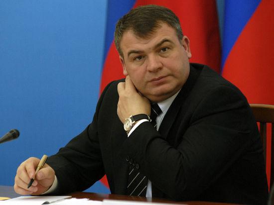 Сердюков получил подписку