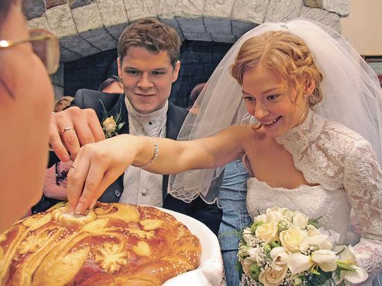 Молодоженов на масленицу будут женить по старинным обрядам