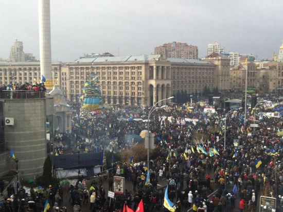 Европарламентарии согласовали резолюцию о санкциях против украинских чиновников