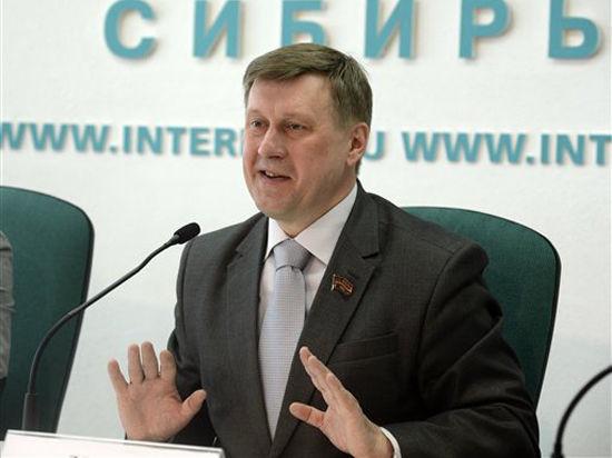 Мэром Новосибирска внезапно избран депутат от КПРФ