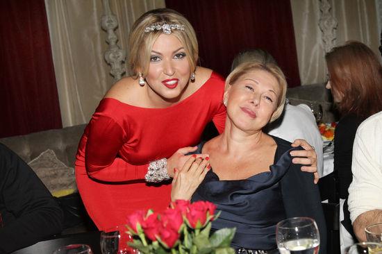 Дубцова украла мужа у Успенской