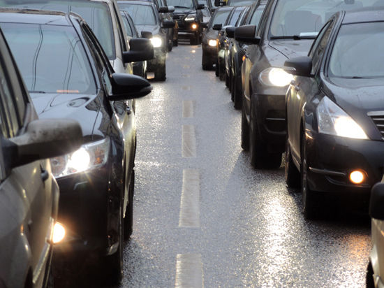 Часть Варшавского шоссе избавят от светофоров
