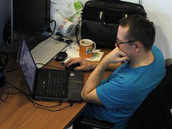 Ученые написали компьютерную программу, которая улучшает зрение на 30%