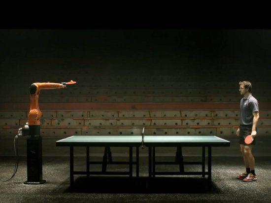 Экс-первая ракетка мира сразится с роботом в настольный теннис