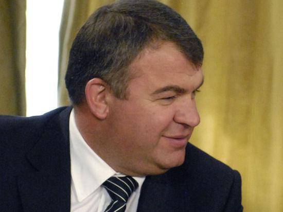 Дело против Сердюкова развалится в ближайшее время?