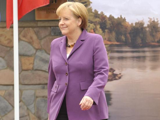 Меркель заморозила сделку с Россией на 1 млрд долларов