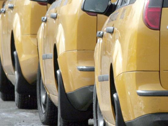 Социальное такси станет работать по принципу «дальше едешь — меньше платишь»